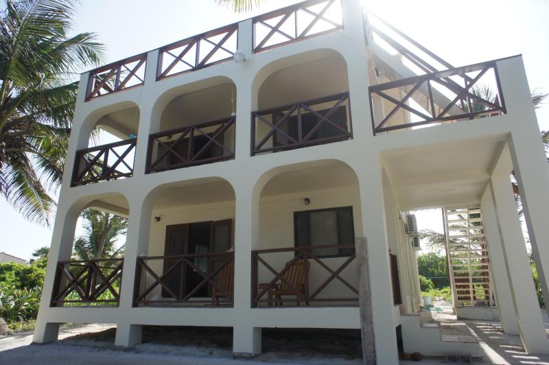 Front of the house - Nirvana San Pedro 3 bedroom 2 Bath Beach House - Ambergris Caye - rentals