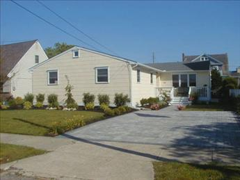 Property 3390 - Comfortable Beach Home/Two Blocks from Beach 3390 - Cape May - rentals