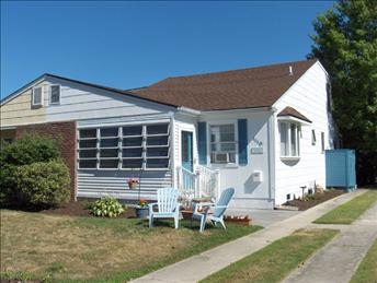 """Property 92414 - """"The Gathering Place"""" , Close to Beach and Town 92414 - Cape May - rentals"""
