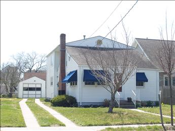 Three Short Blocks to Beach 99781 - Image 1 - Cape May - rentals
