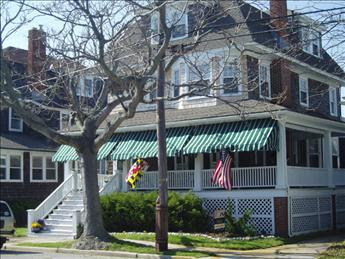 """Poppas on Stockton """"CLOSE TO BEACH AND TOWN"""" 10095 - Image 1 - Cape May - rentals"""
