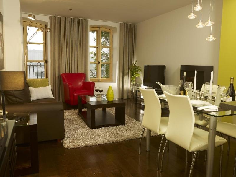 Condos in the heart of a tourist area in Old Port - Image 1 - Quebec City - rentals