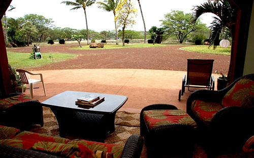 Living area view of grounds - Hale Puhi - Maunaloa - rentals