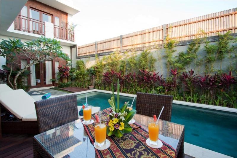 outside dining area - Villa Tropis, a Peaceful 3 Bedroom Villas - Seminyak - rentals