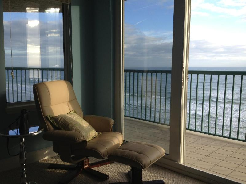 Master Bedroom view - Upscale Oceanfront Condominium  3 Bedr Sleeps 2-8 - Daytona Beach - rentals