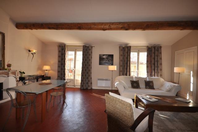 Apartment Clemenceau, 2bedrooms, terrace, Cours Mi - Image 1 - Aix-en-Provence - rentals