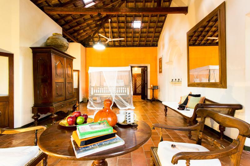 Plantation Room Master Suite Villa in Galle - Rustic Luxury Colonial Garden holiday rental/B&B - Galle - rentals