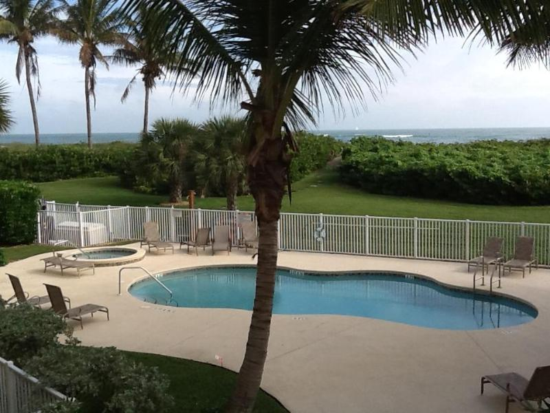 Beach just  steps past pool - Beautiful Beach Front Condo  2 bedroom/2 bath - Fort Pierce - rentals