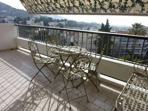 Le Cannet 2 bd apartment with sea view and terraces - Image 1 - Cannes - rentals