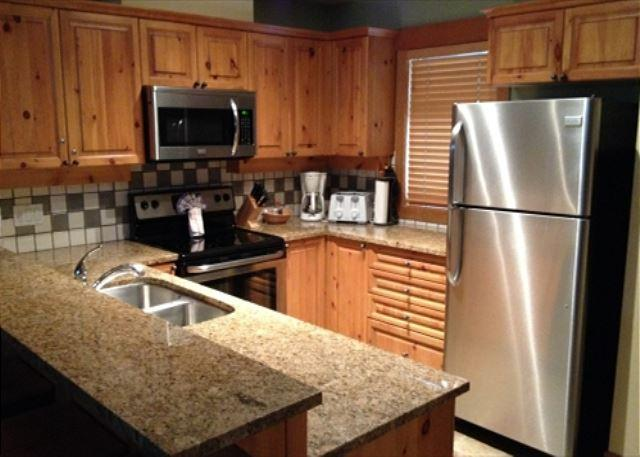 Forest Creek 9 - Luxury property with private hot tub and garage - Image 1 - Whistler - rentals