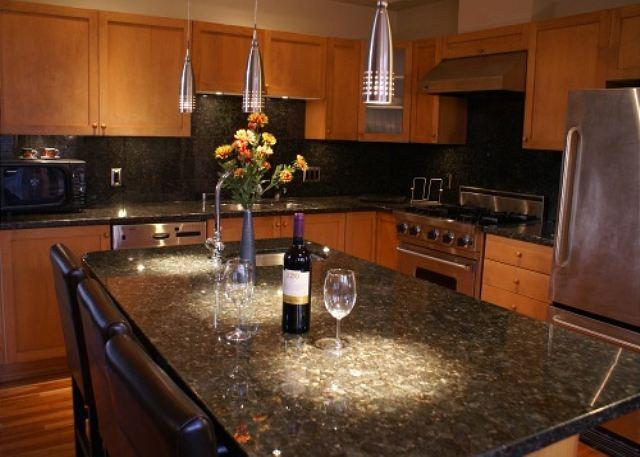 Kitchen - Nicklaus North 5 - Luxury property steps from golf course - Whistler - rentals