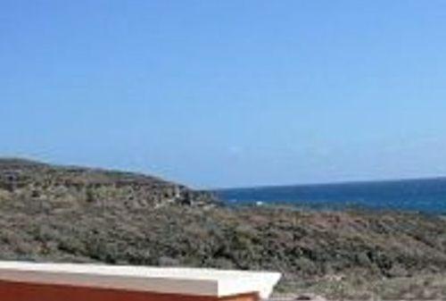 3 Bedroom villa, private heated pool, front sea - Image 1 - El Medano - rentals