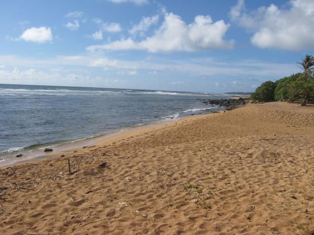 Beach views from your tent in every direction - Comfortable camping...Polihali Beach - Princeville - rentals