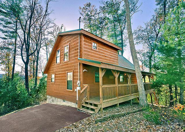 Sunset Ridge #234- Outside View of the Cabin - 2Bedroom Pet Friendly Cabin Gatlinburg TN, Games, wifi, hot tub, & more - Sevierville - rentals