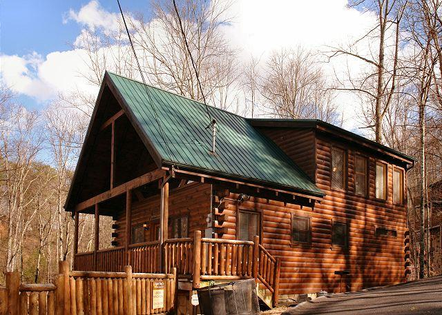 Above Expectations #294- Front View of the Cabin - Cabin in between Gatlinburg and Pigeon Forge Above Expectations 294 - Sevierville - rentals