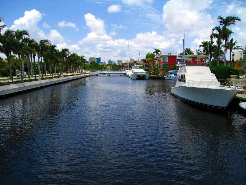 2BR Las Olas blv, Luxury waterfront! - Image 1 - Fort Lauderdale - rentals