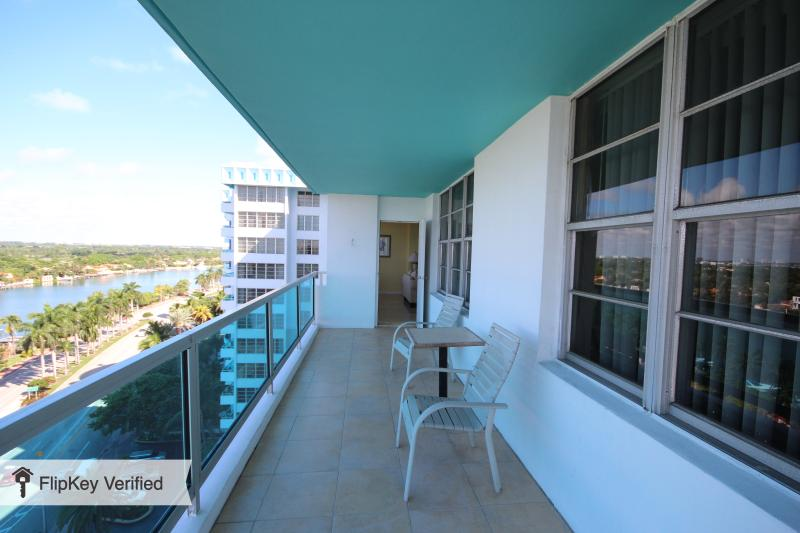 2BR 2BA  MIAMI BEACH (JUNIOR) at SEACOAST SUITES - Image 1 - Miami Beach - rentals