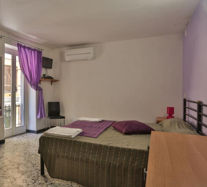 Scirocco Room - Private bathroom, hair dryer, flat screen TV, mini-fridge, air conditioning - Vento di Mare - Riomaggiore - rentals