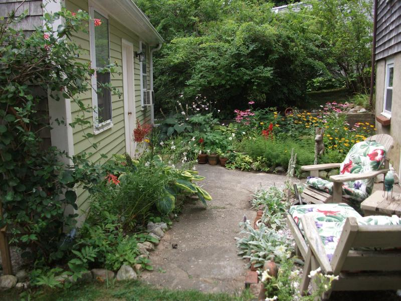 Many perenial gardens outside - Studio cottage near Manomet Beach - Plymouth - rentals