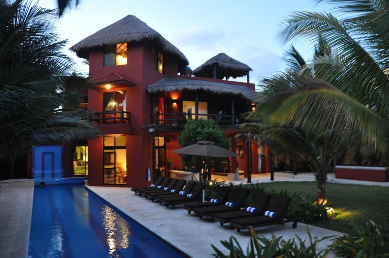 Casa del Sol Naciente - seven luxurious bedrooms - Casa del Sol Naciente - Akumal - rentals