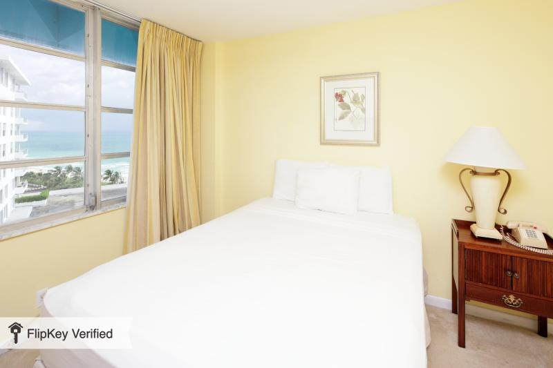 2BR 2BA MIAMI BEACH (JUNIOR) at SEACOAST SUITES - Image 1 - Miami Beach - rentals