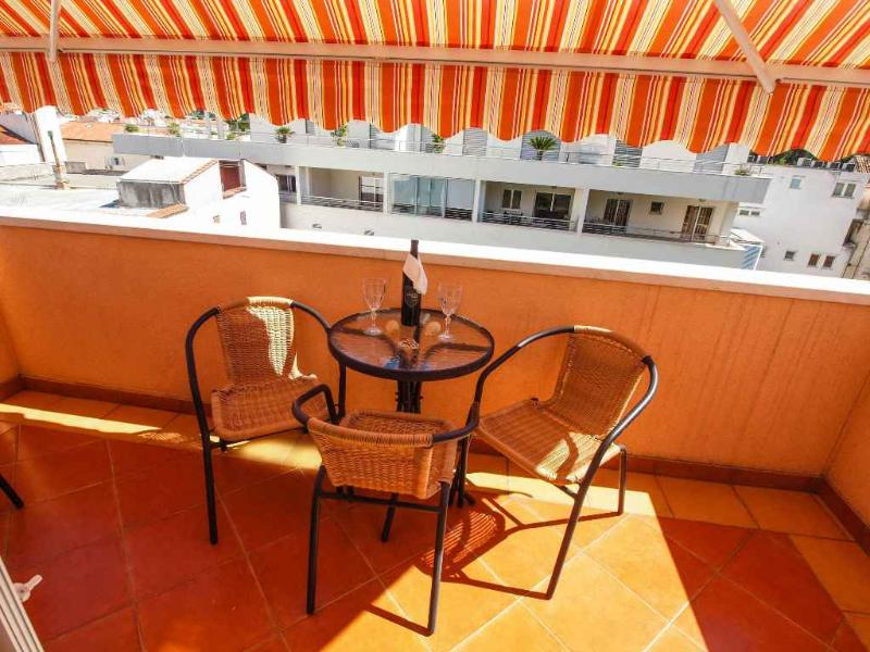 Apartments Vesna - 36771-A1 - Image 1 - Makarska - rentals