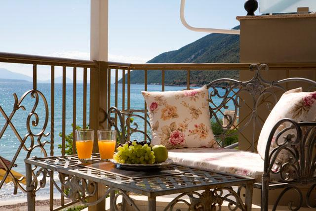 Beach Villa style apartment near Vassiliki beach, balcony sea views, close to beach, Ponti- Vassiliki - Image 1 - Vasiliki - rentals