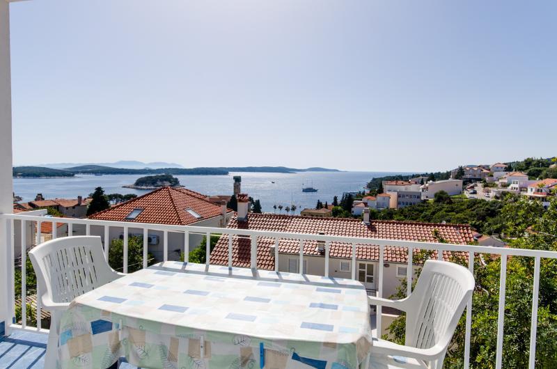 Apartments Ranka - 36541-A1 - Image 1 - Hvar - rentals