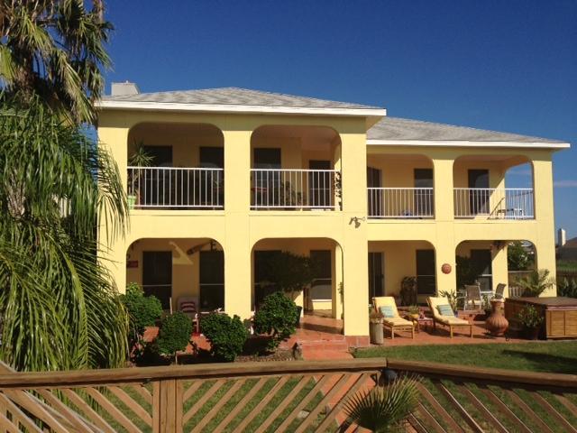 Beautiful Resort on the water! - Beautiful Island Resort  House on the water - Corpus Christi - rentals
