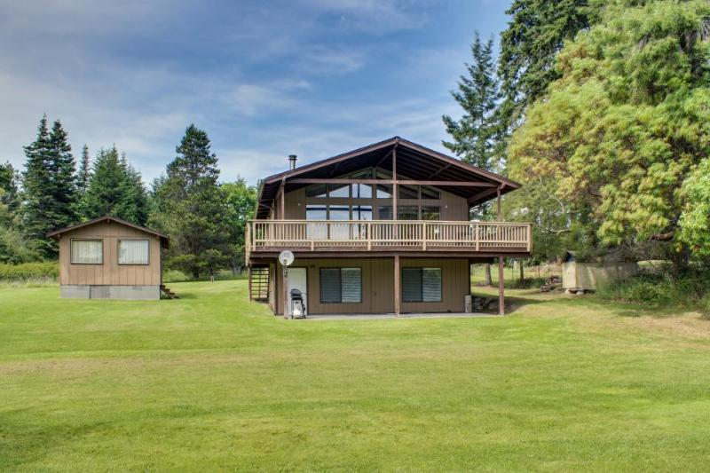 Fisherman Bay Beach House - Image 1 - Lopez Island - rentals
