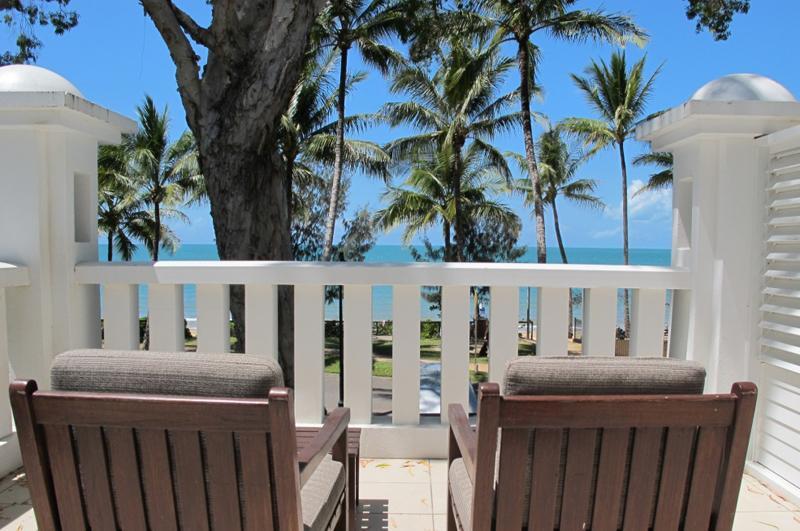 SEA TEMPLE 132, PORT DOUGLAS - Image 1 - Palm Cove - rentals