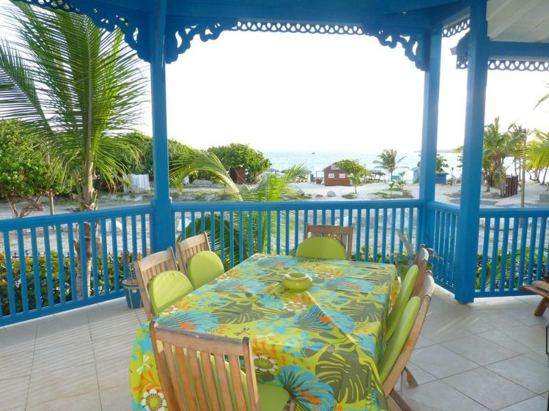 Newly renovated apartment with 2 bedrooms, 2 bathrooms and a sea view - Image 1 - Saint Martin-Sint Maarten - rentals