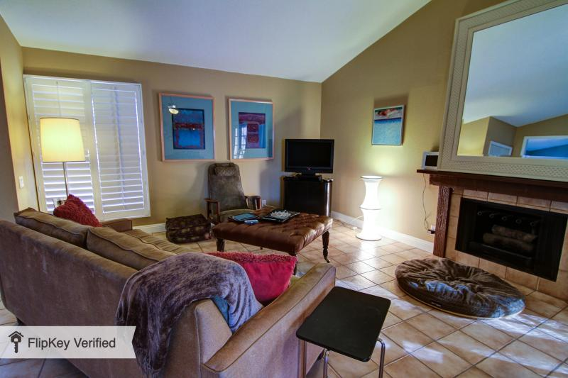 Remodeled South PS single story pool home - Image 1 - Palm Springs - rentals