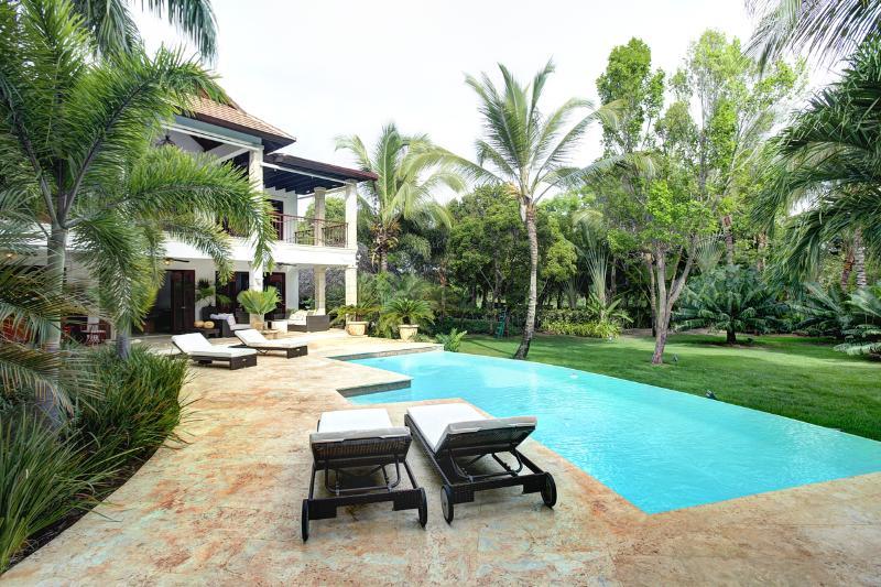 Welcome Villa Esmeralda - BEST OF PUNTA CANA-5BD Full Staff Exclusive Villa - Punta Cana - rentals