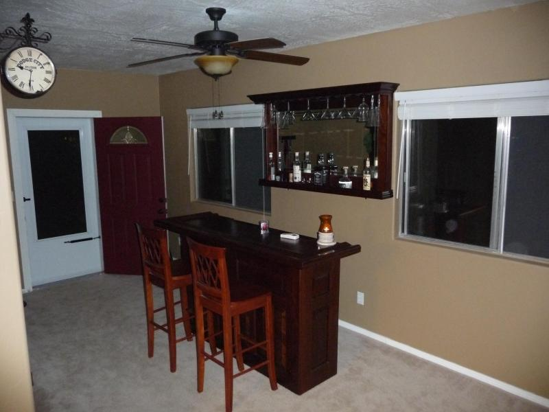 The Bar (BYO) - Your Cabin Escape in Munds Park - Munds Park - rentals