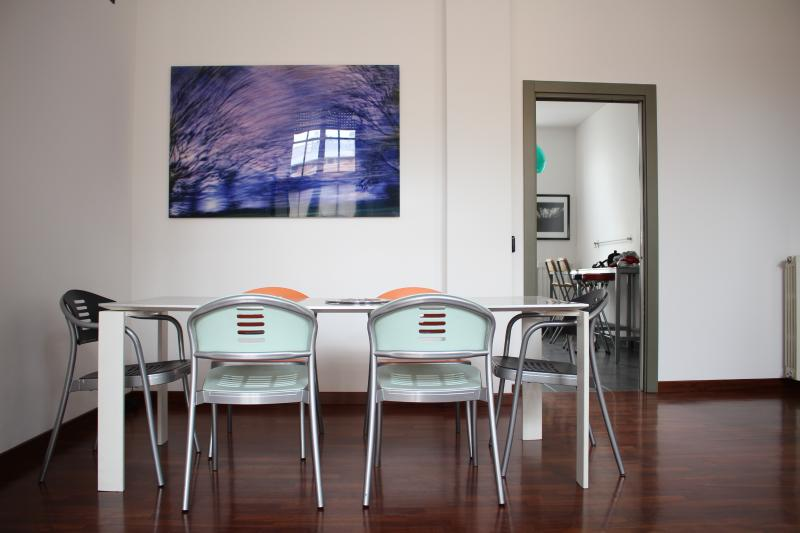 Dining Table for 6 - Lux High ceilings in San Siro/Fiera - Milan - rentals