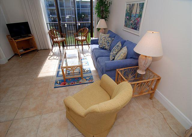 Living Room - One bedroom condo at the Sundial Beach Resort - Sanibel Island - rentals