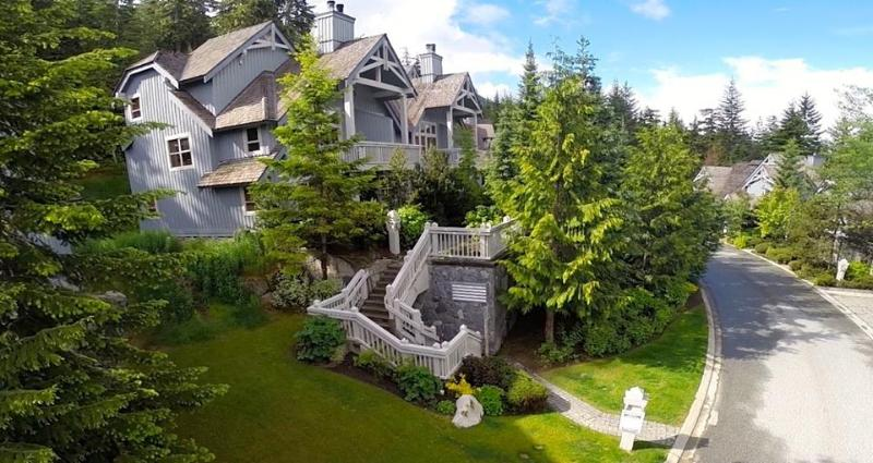 Treeline Six - Casual Luxury 3 bed slope side Whistler townhouse. - Whistler - rentals