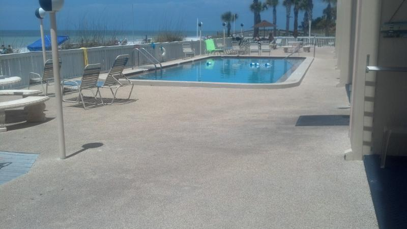 Pool and large sun deck and two outdoor grills for your use. - You can have it all on the Gulf Indian Rocks Beach - Indian Rocks Beach - rentals