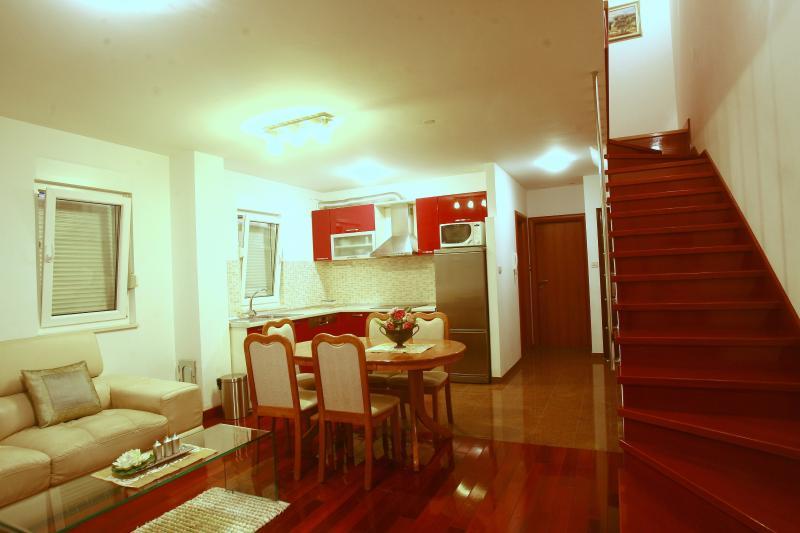 Luxury Apartment Justice - Image 1 - Stobrec - rentals