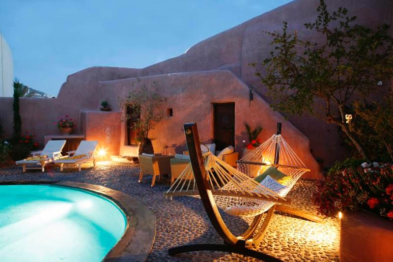 IO - Stylish villa in Santorini with private pool - Image 1 - Santorini - rentals