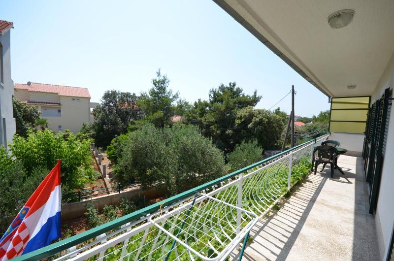 Apartment Ana - 29151-A1 - Image 1 - Brodarica - rentals