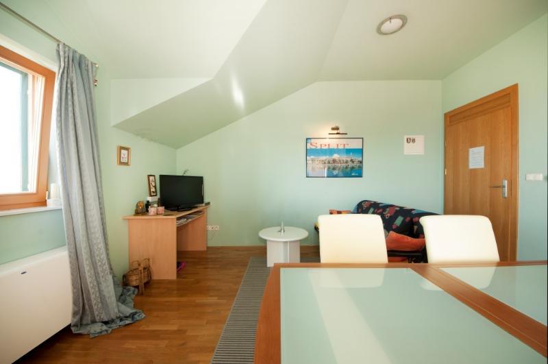 Apartments and Room Marija - 31261-A2 - Image 1 - Split - rentals