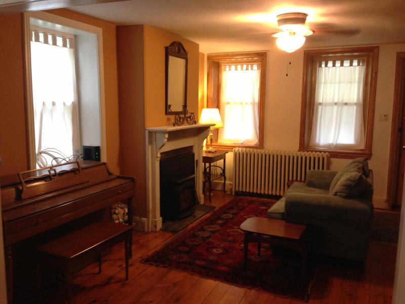 Historic 3 BR Home, newly renovated - Image 1 - Philadelphia - rentals