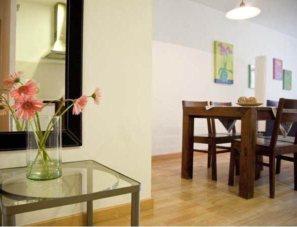 BCNinternet Happy Apartment 4 pax - Image 1 - Barcelona - rentals