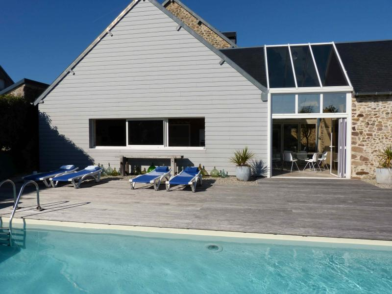 La Brocanterie with private heated pool - Luxury home + pool, DDay Beaches/Mont Saint Michel - Gouville-sur-Mer - rentals