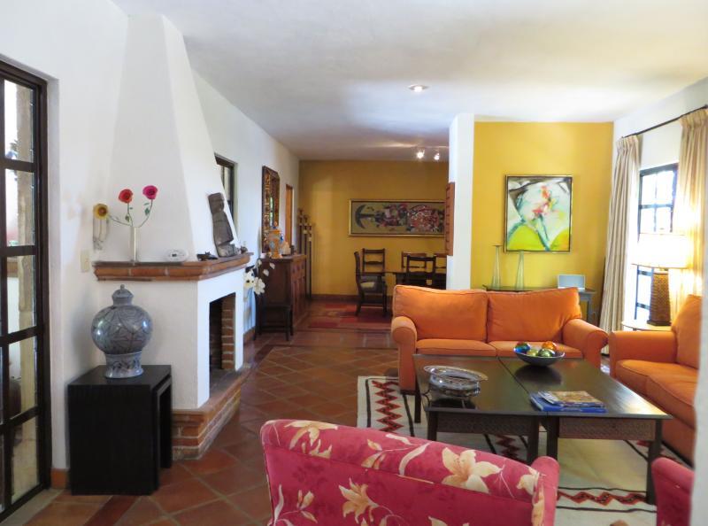 Living Room - Casa Torita Rosa - Privada Baeza (Parque Juarez) - San Miguel de Allende - rentals