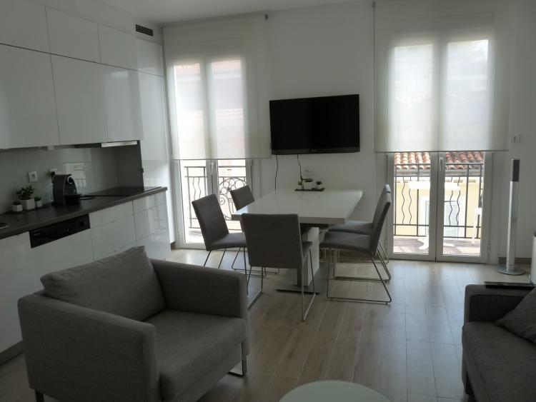 Andre 1 Bedroom Flat on Top Floor, Close to Beach, Croisette and Palais des Festivals - Image 1 - Cannes - rentals