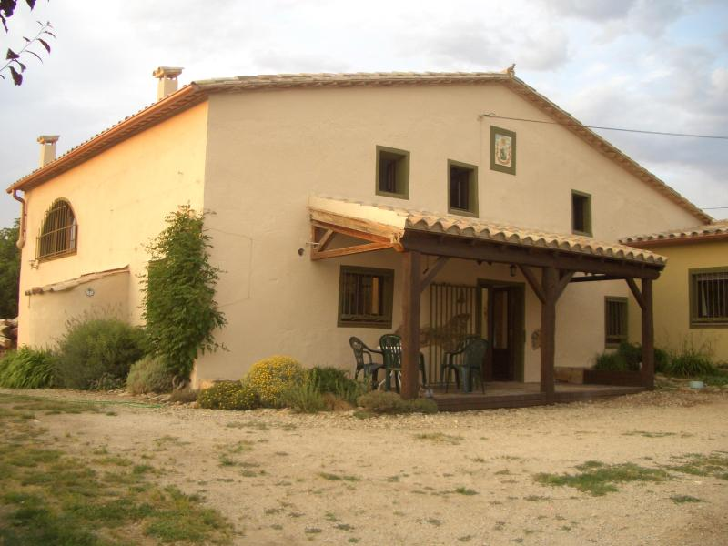 Can Torras a lovingly renovated farmhouse in the hills above Girona - Can Torras rural retreat Cottage with Breakfast - Girona - rentals