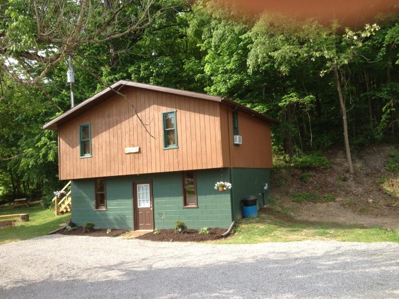 1st Choice Cabin - Sandy Run - Hocking Hills Ohio - Image 1 - Logan - rentals